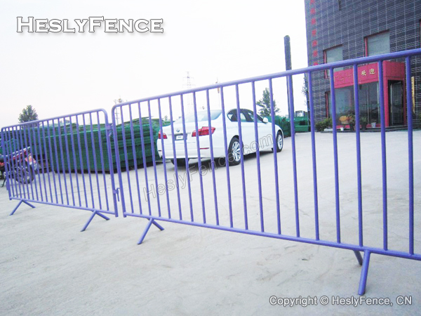 Powder Coated Crowd Control Barriers