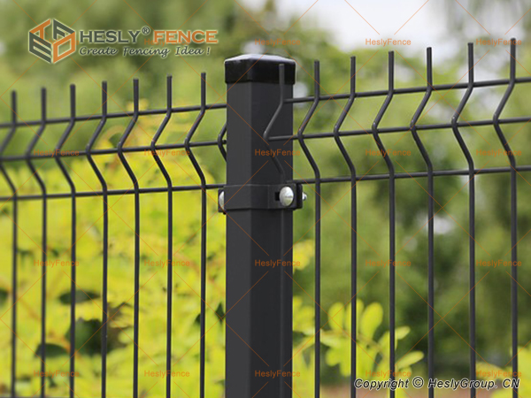 Welded Mesh Fence Panels China Manufacturer